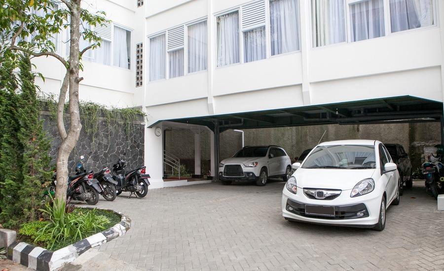 RedDoorz near Parahyangan University 2 Bandung - Eksterior