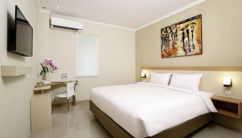 Laxston Hotel Jogja - Deluxe Room