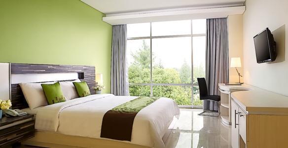 Patra Comfort Bandung - Deluxe Room With Breakfast Regular Plan