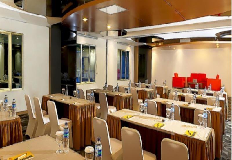 Patra Jasa Bandung - Meeting Room