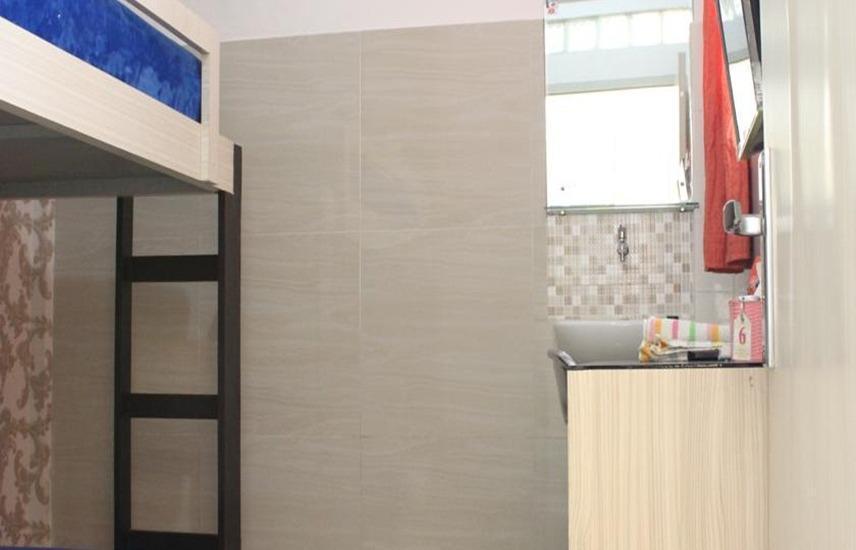 Permata Inn Medan - Standard Room with Shared Bathroom Regular Plan