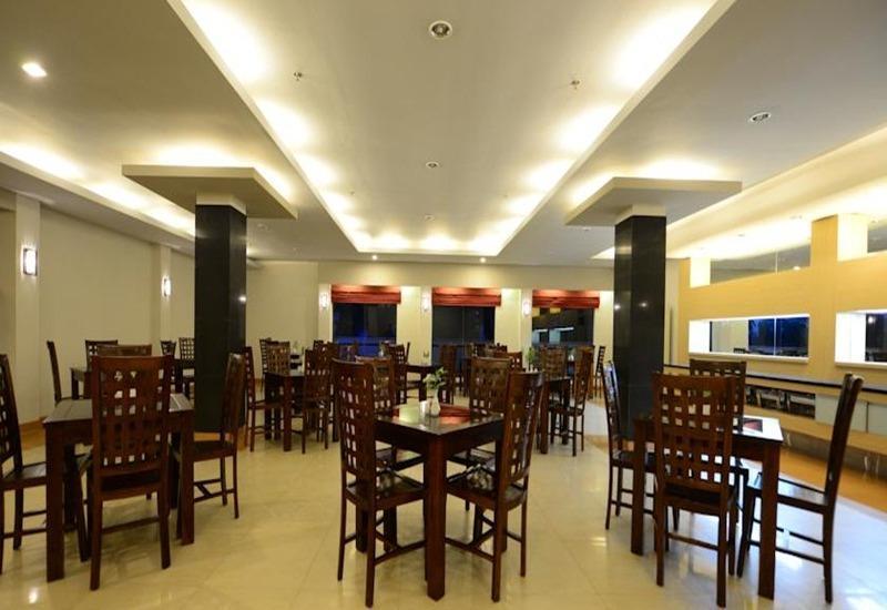 Montana Hotel Syariah Banjarmasin - Restoran