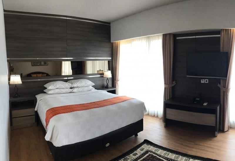 Montana Hotel Syariah Banjarmasin - Suite Double Room Regular Plan