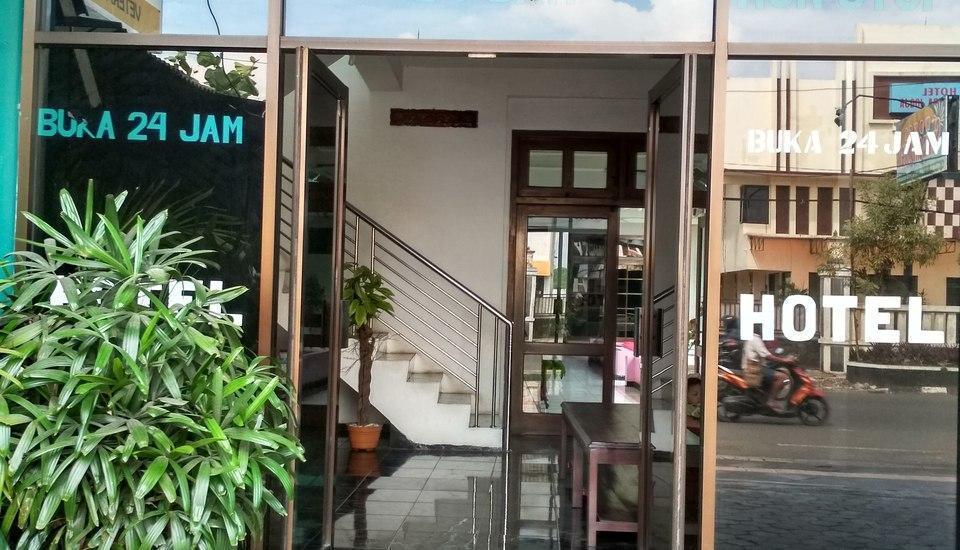 Hotel Asri Graha Jogja - Bangunan Depan Asri Graha