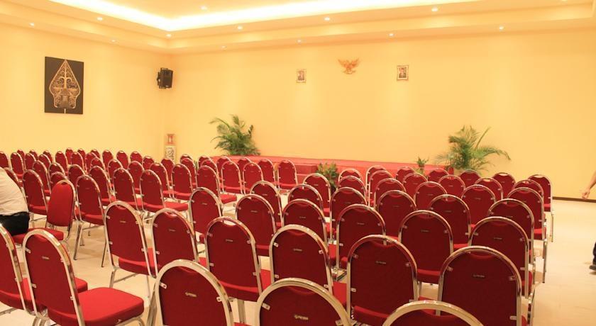 Narita Classic Hotel Surabaya - Meetingrooms1