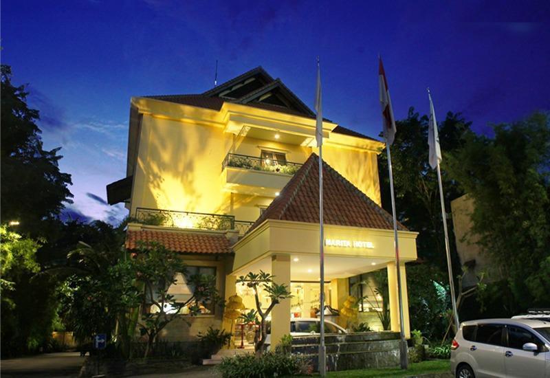 Narita Classic Hotel Surabaya - depan View
