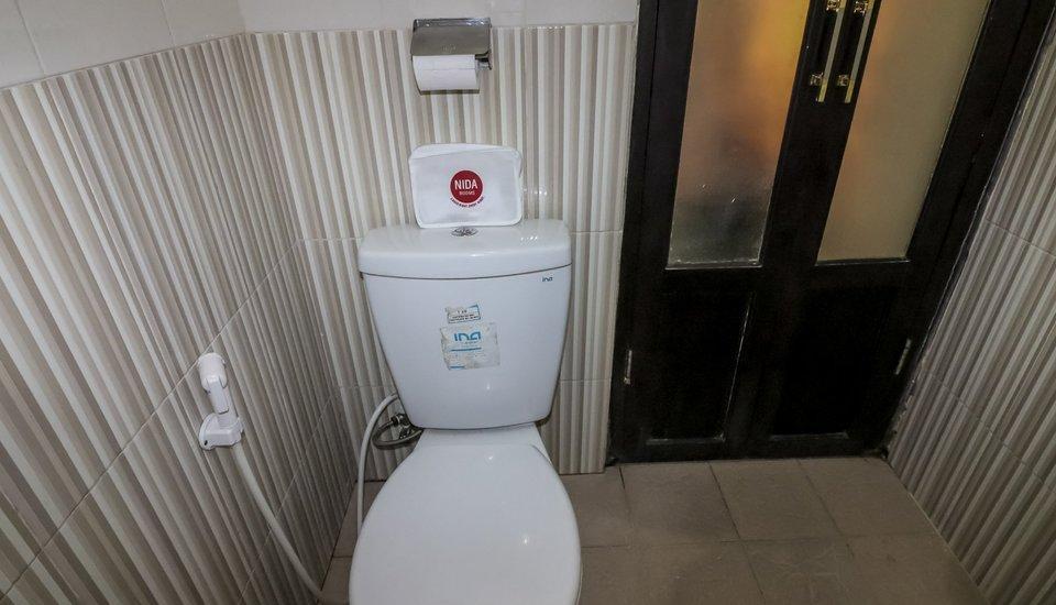 NIDA Rooms Yogyakarta Cantel Umbulharjo - Kamar mandi