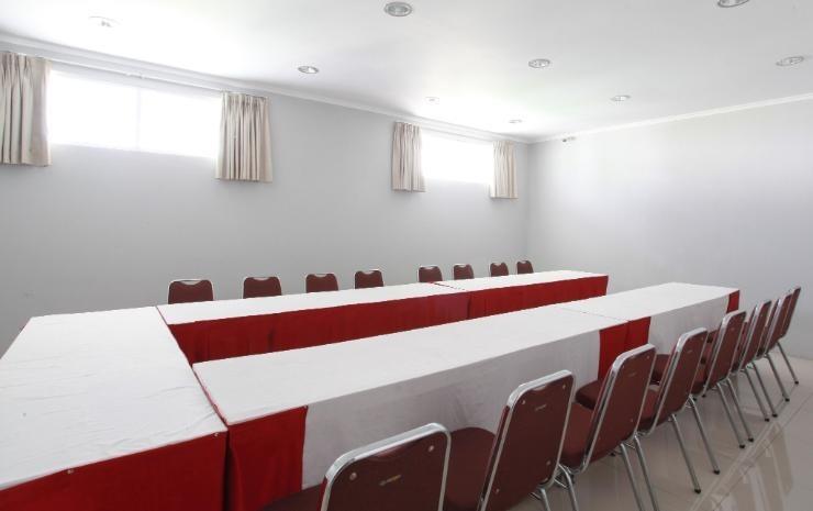 Apita Express Cirebon - Ruang Rapat
