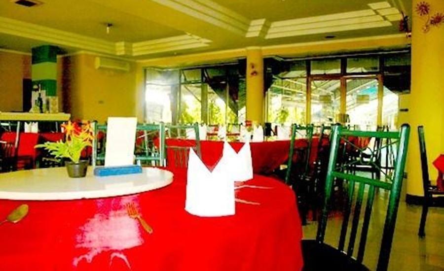 Hotel Sendang Sari Pekalongan - Ruang makan