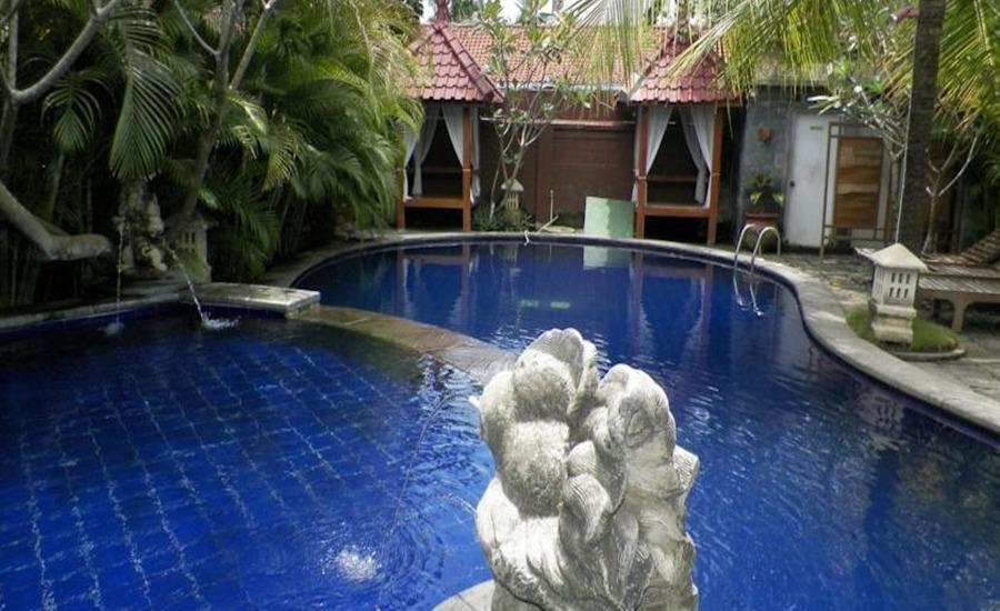 Nyiur Indah Beach Hotel Pangandaran - Kolam Renang