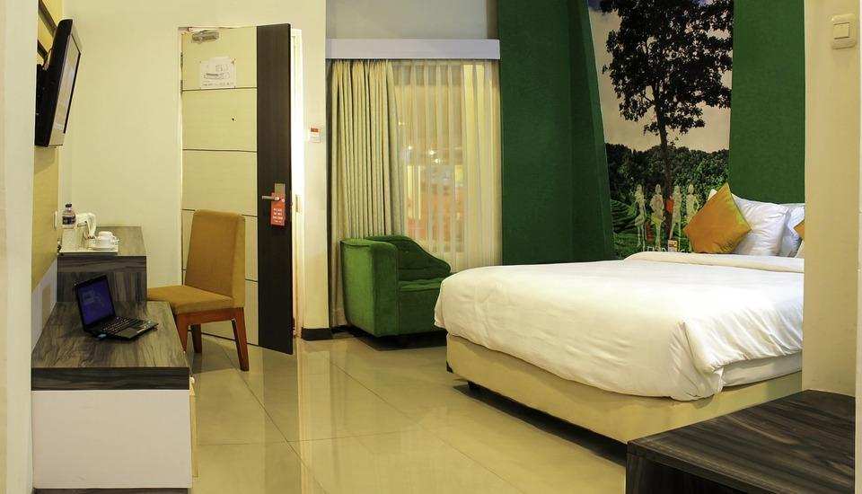 Promenade Hotel Bandung - Grand Deluxe King With Breakfast MINIMUM STAY PROMO