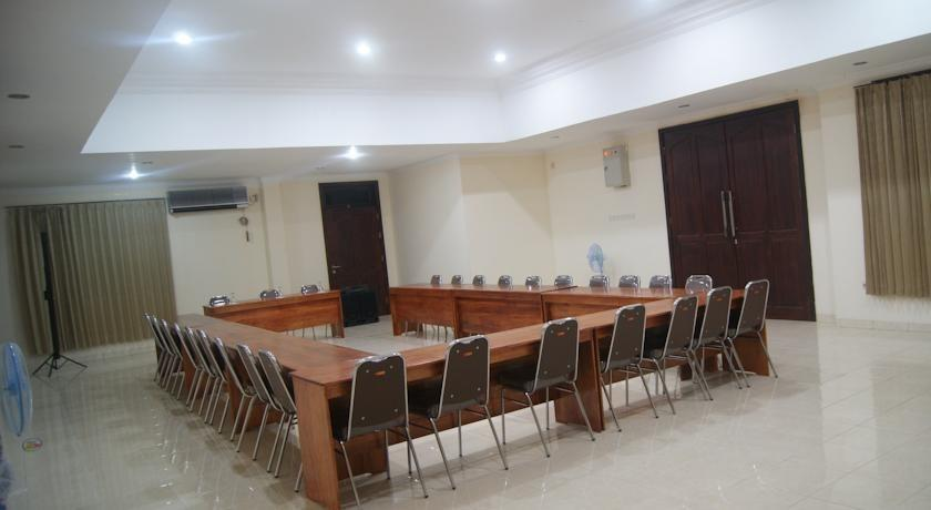 Palu City Hotel Palu - Meeting Room
