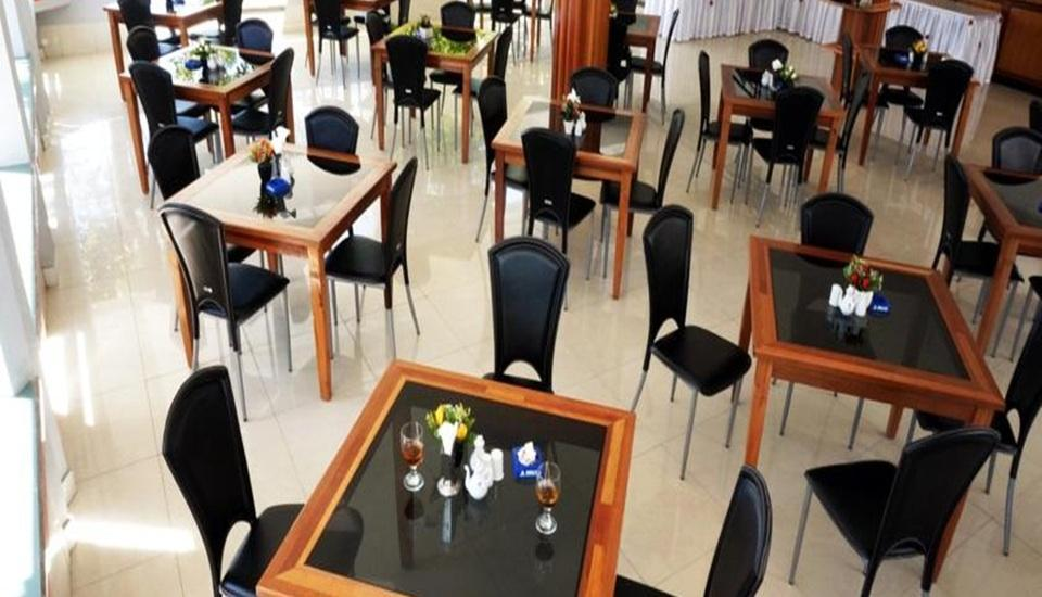 Demuon Hotel Belitung - Restoran