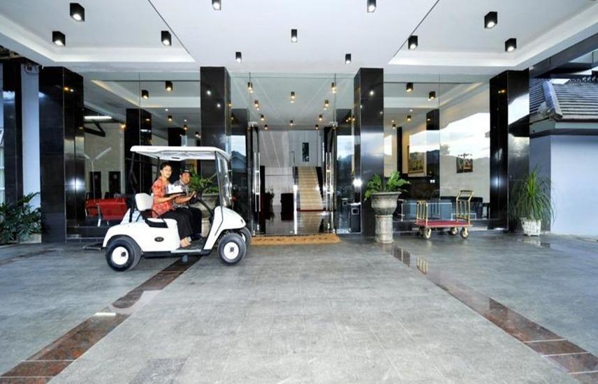 Hotel Rudang Berastagi Berastagi - Lobi