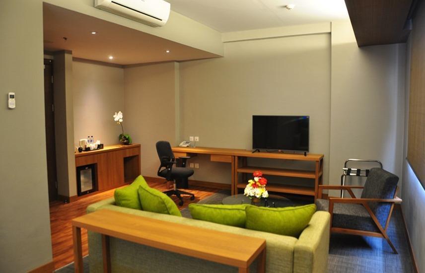 BATIQA Hotel Cirebon - Ruang Keluarga