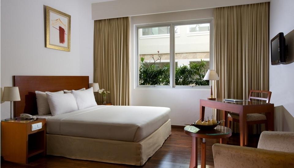 Hotel Santika Pontianak - Superior Room King Ramadhan Promo Regular Plan