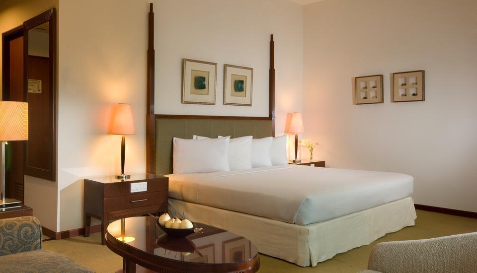 Hotel Santika Pontianak - Executive Room King Offer Last Minute Deal