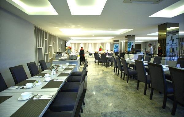 Tjokro Hotel Pekanbaru - resto