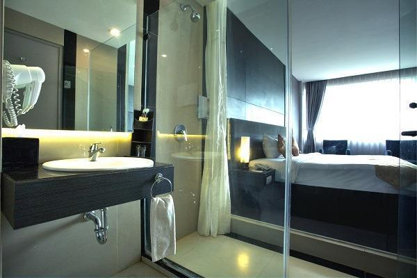 Tjokro Hotel Pekanbaru - kamar mandi