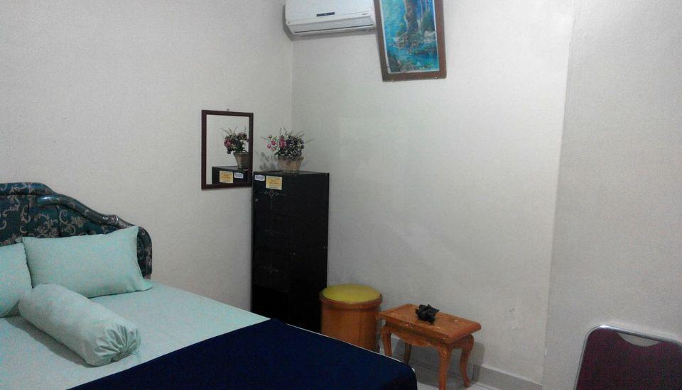 Hotel Simpang Empat Belitung Timur - Standard AC with Breakfast Minimum Stay 5 Night