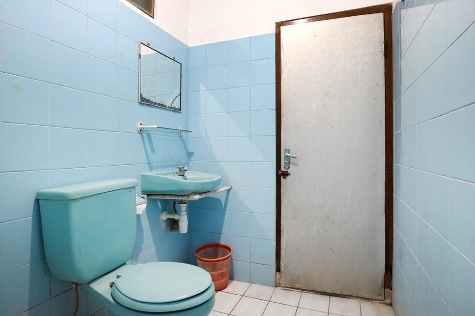 Palm Garden Kuta Bali - Bathroom