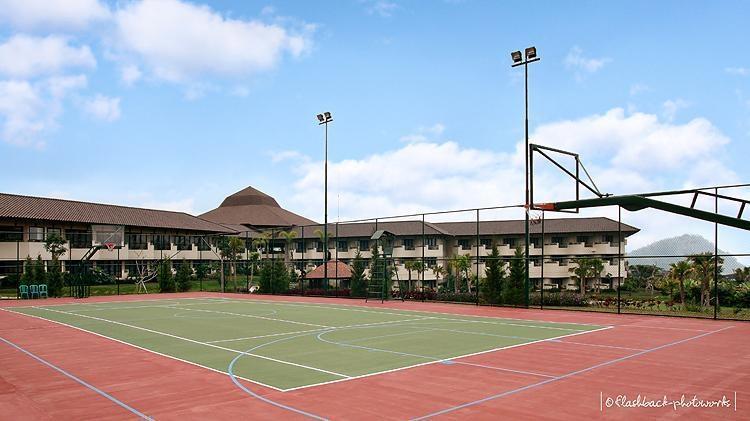 The Singhasari Resort Batu - Tennis1