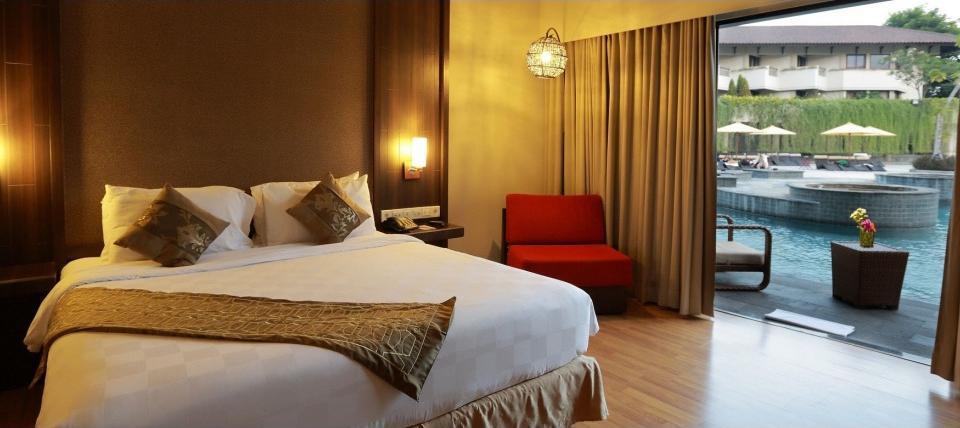 The Singhasari Resort Batu - Pool Access