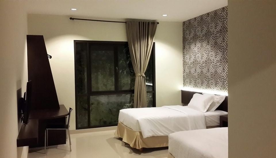 21 Lodge Bali - Frangipani Black