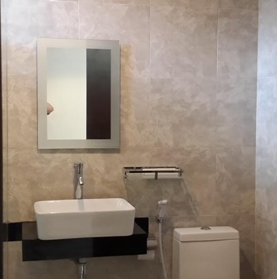 21 Lodge Bali - Shower Room