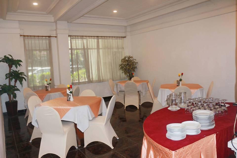 Hotel Pangrango 3 Bogor - dining room