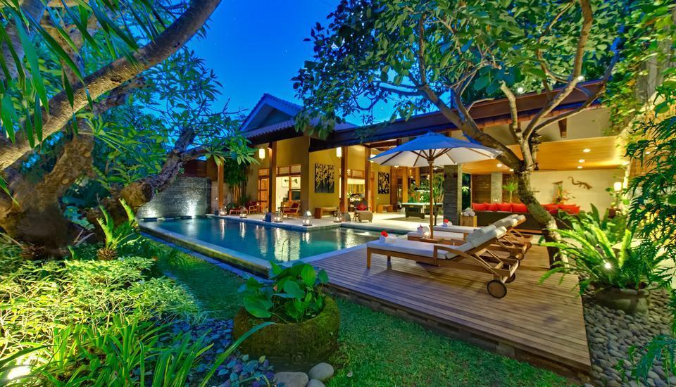Villa Kinaree Estate Seminyak - Suasana Malam