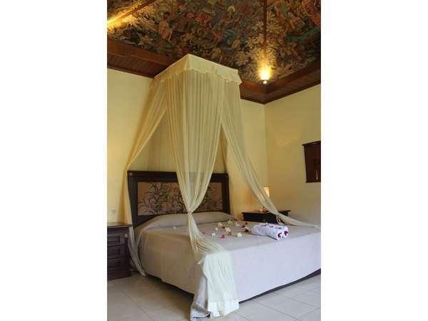 Sukun Bali Cottages Bali - tangan dicat suite