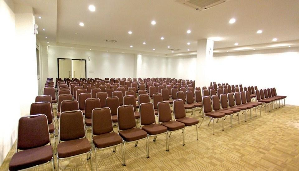 Arbor Biz Hotel Makassar - Function Room Banyan