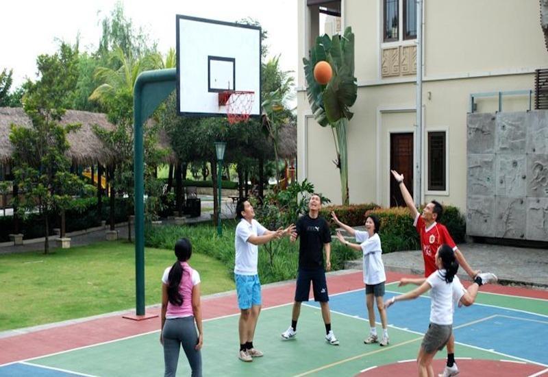 Mason Pine Hotel Bandung - Lapangan basket