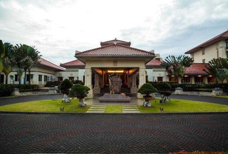Mason Pine Hotel Bandung - Appearance