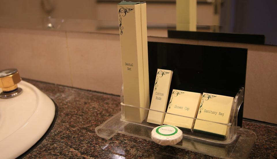 Mason Pine Hotel Bandung - Bath Room Facilities