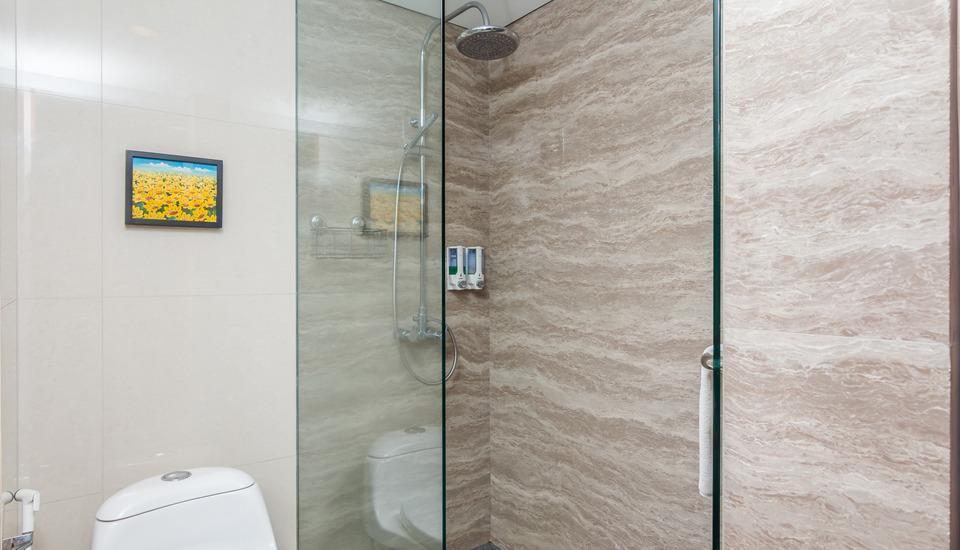 ZenRooms Legian Corner - Kamar mandi