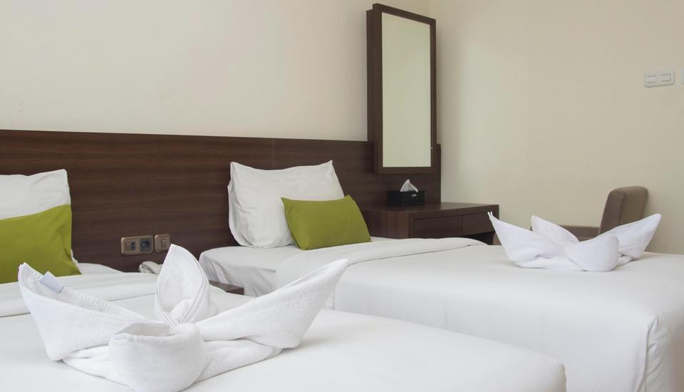 Green Eden Hotel Manado - Superior Twin Room Regular Plan