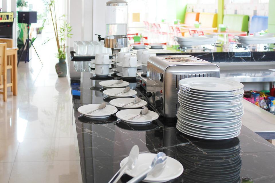 Airy Karamat Bhayangkara 127 Sukabumi - Restaurant