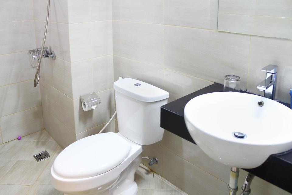 Airy Karamat Bhayangkara 127 Sukabumi - Bathroom