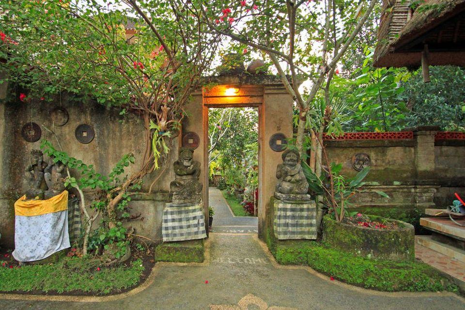 Omah D'Taman Hotel by EPS