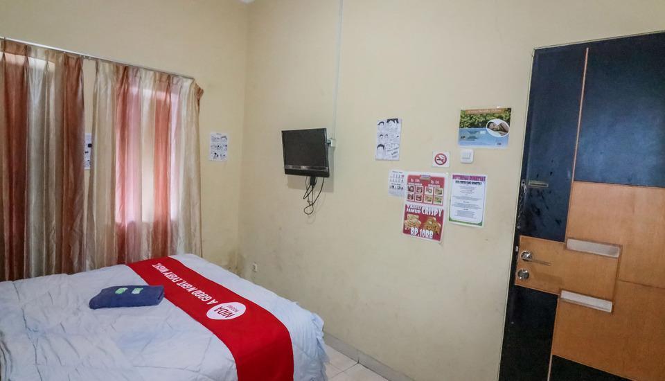 NIDA Rooms Surabaya Nginden Intan Barat Surabaya - Kamar tamu