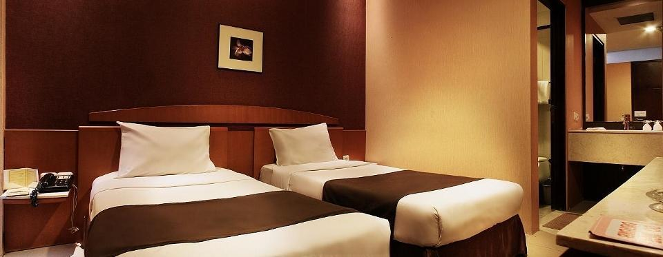 Hotel Nyland Cipaganti - Deluxe Double/Twin Bed Room Only Regular Plan