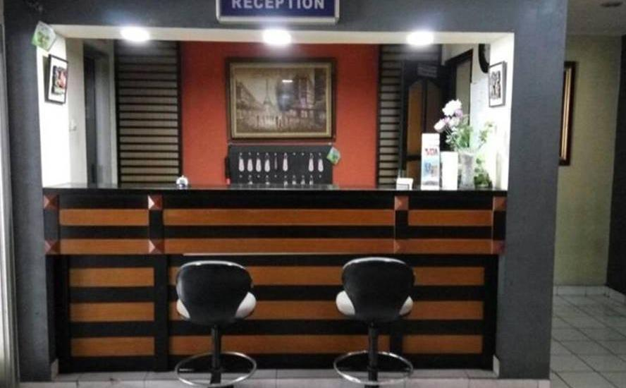Davinci Hotel Cisarua Bogor - Resepsionis