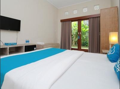 Airy Seminyak Sunset Road Belong Dua 5 Kuta Bali - Standard Double