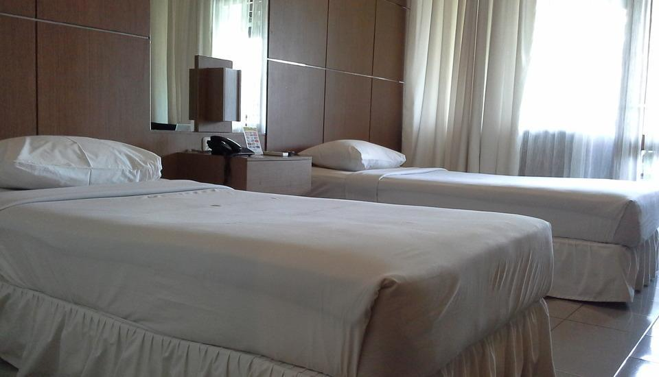 Tirtagangga Hotel Garut - Superior Twin Bed with Breakfast Regular Plan