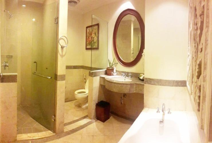 Arion Swiss-Belhotel Bandung - President Suite Bathroom
