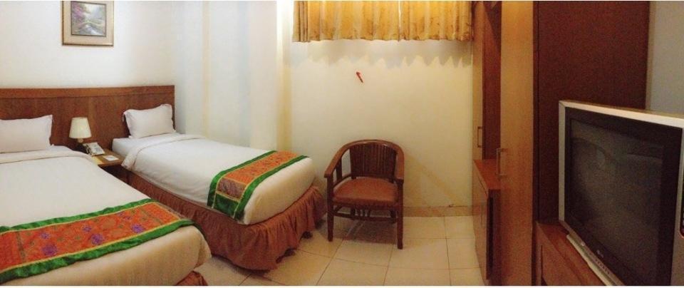 Havilla Maranatha Hotel Padang - Standard Twin Bed