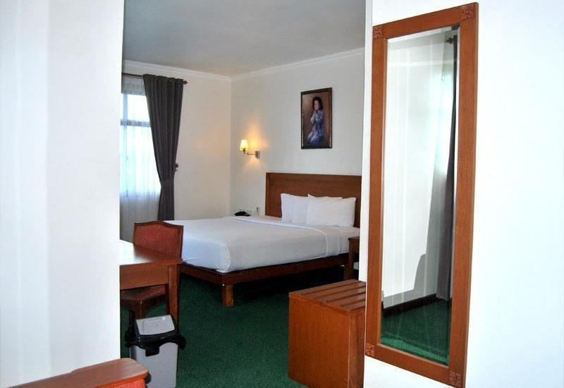 Hotel Bumi Asih Pangkalpinang - Junior Suite Save 40%