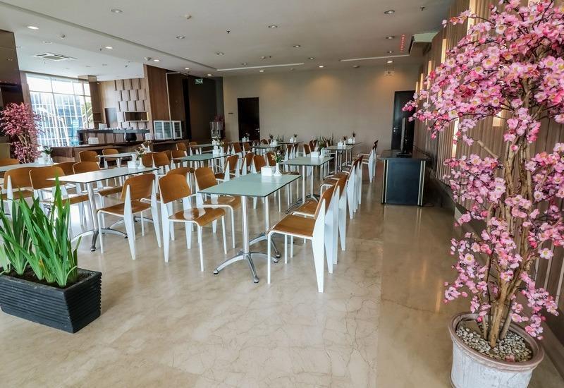 NIDA Rooms Iskander Muda 145 Medan Kota - Restoran